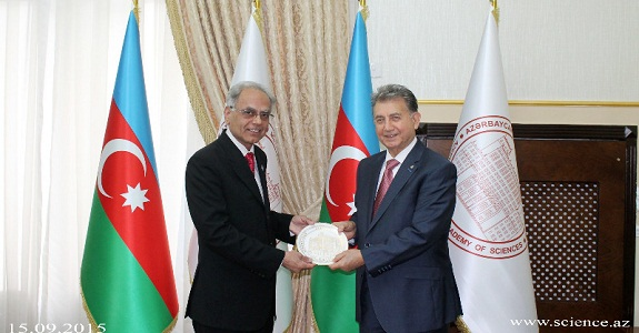 The President ANAS presenting a souvenir to the President ECOSF during latter's visit to the ANAS (Baku-Azerbaijan) on 15 September 2015.